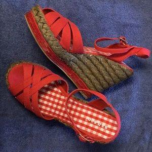 Wedge rope red heels